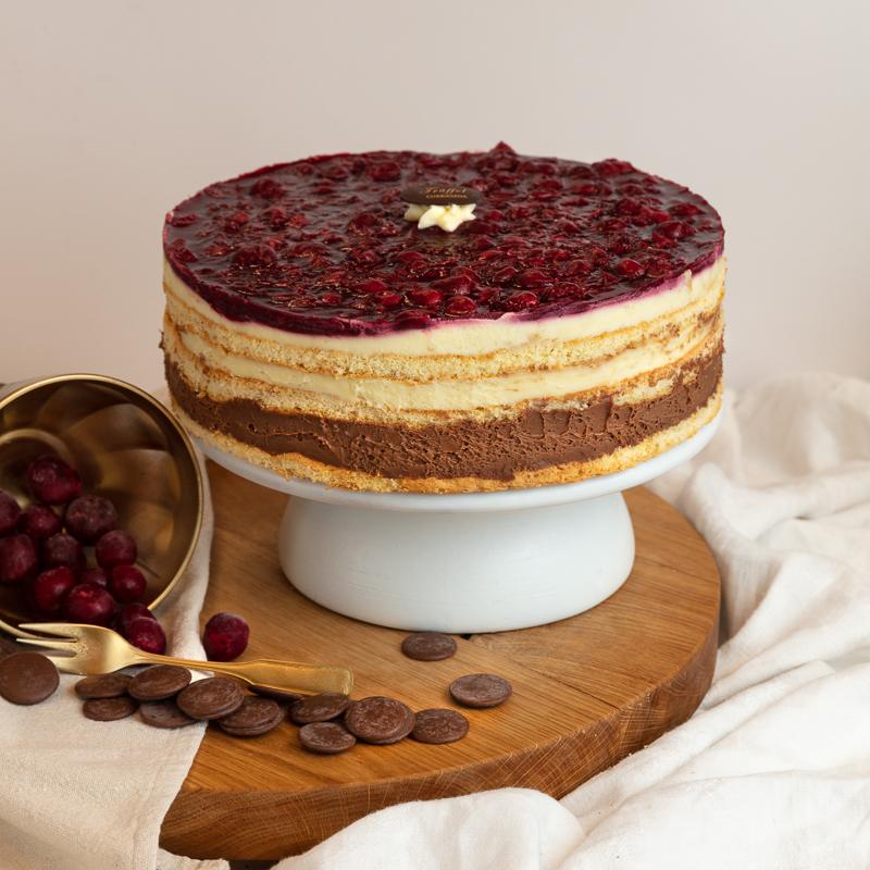 Fertődi Kirsch torta 10 szeletes
