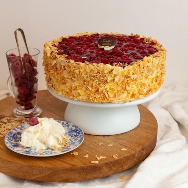 Nyírfacukros Mascarponés Málna torta 16 szeletes