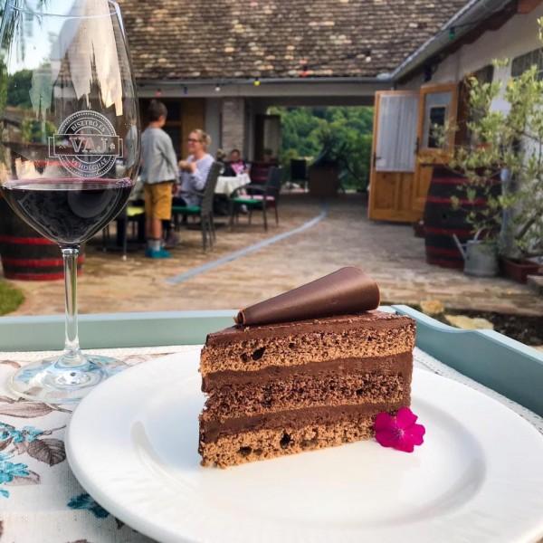 Nyírfacukros Mascarponés Csokoládé tortaszelet