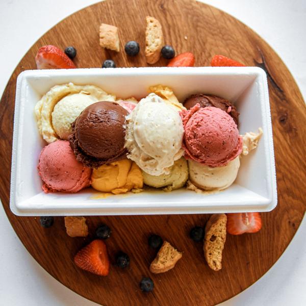 Fagylalt hőtárolós dobozban
