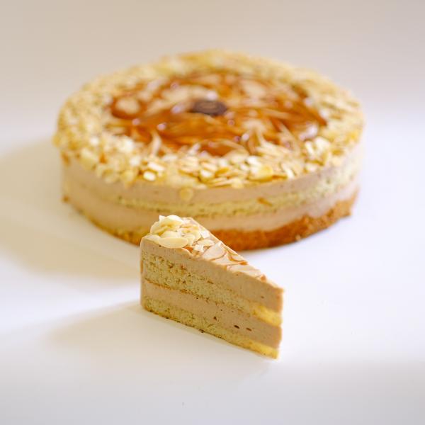 Cukor- Liszt,- és Tejmentes Svájci Mandula tortaszelet